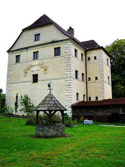 Sixteenth-century House, Restaurant And Pension