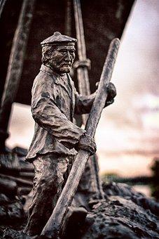 Boatman, Statue, Selkirk, Mb