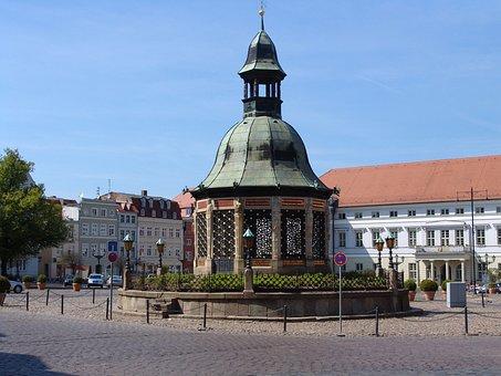 Marketplace, Wismar, Germany, City, Water Art
