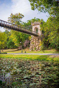 Romanescu, Craiova, Park, Romania, Tourism, Cliff