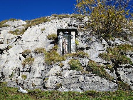 Memorial, Melchsee-frutt, Mountain World