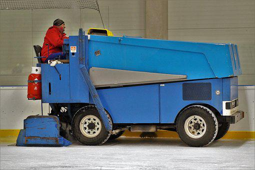 Winter Stadium, Cleaning Of The Ice Surface, Machine