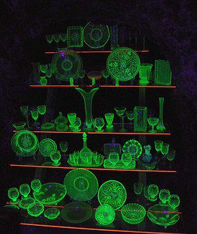 Glass Gallery, Glow, Green, Poisonous, Uranium