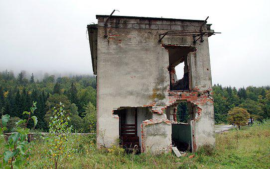 Crash, House, The War, Abandoned, Destroyed