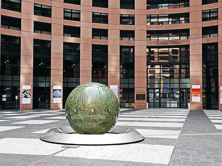 European Parliament, Courtyard, Center, Ball