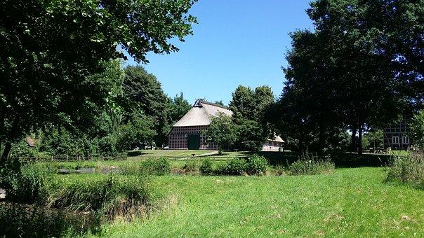Heimathaus, Fachwerkhaus, Garden, Pond, Rural, Museum