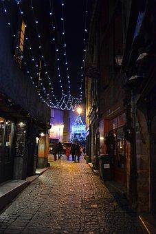 Night, Christmas, Medieval Street, Carcassonne, Garland