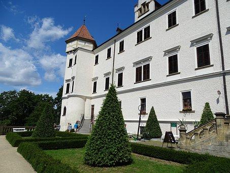 Castle, Konopiště, Castle Garden, Monument