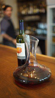 Red Wine, Wine, Decanter, Sommelier, Bar, Ontario, Vqa