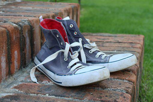 Gym Shoes, Worn Shoes, Canvas Shoes, Footwear, Sneakers