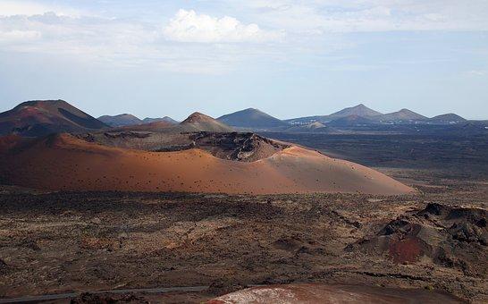 Volcano, Crater, Lanzarote, Lava, Mountains, Horizon