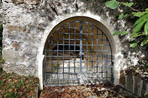 Iron Gate, Shrine, Vault, Passion Figure, Christianity
