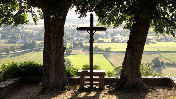 Chateauneuf, Burgundy, Viewpoint, Linde, Cross