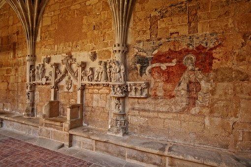 Abbey Of Cadouin, Dordogne, Périgord, France, Stones