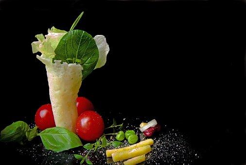 Salad, Leaf Lettuce, Parmesan Wafers, Basil, Tomatoes