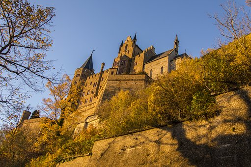 Hohenzollern Castle, Hohenzollern, Fortress