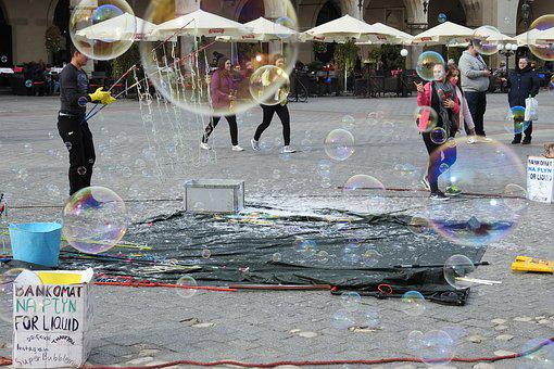 Soap Bubbles, The Market, Kraków