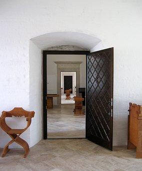 Castle Of Diósgyőr, Castle, Doors