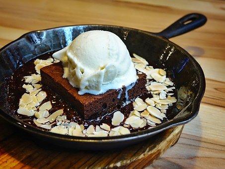 Brownie, Chocolate Cake, Ice Cream, Vanilla, Melting