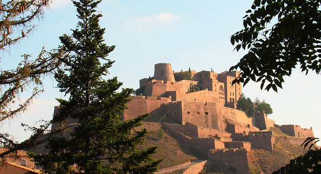 Castle, Salt Mountain, Cardona, Fortress, Catalonia