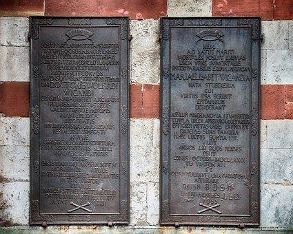 Memorial Plaque, Old, Cast, Historic Center