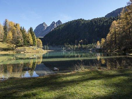 Graubünden, Palpuognasee, Lai Di Rapid, Switzerland