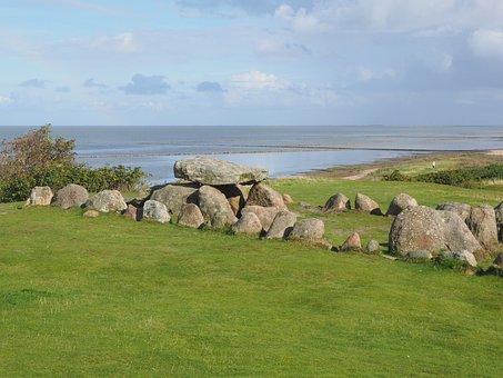 Megalith Facility Harhoog, Burial Mound, Degree, Keitum