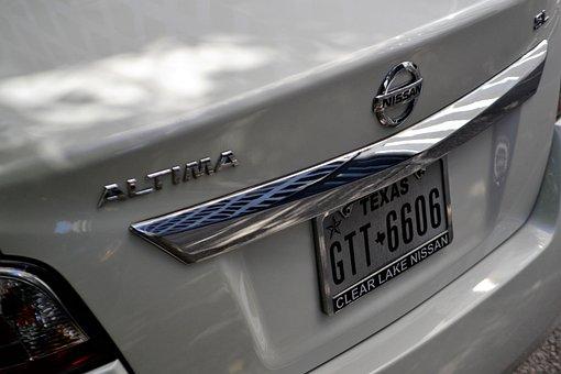 Nissan Altima, White Sedan, Car, License Plate, Hood