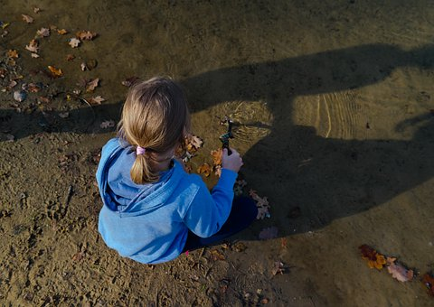 Water, Child, The Little Girl, Sketch, Sand, Autumn