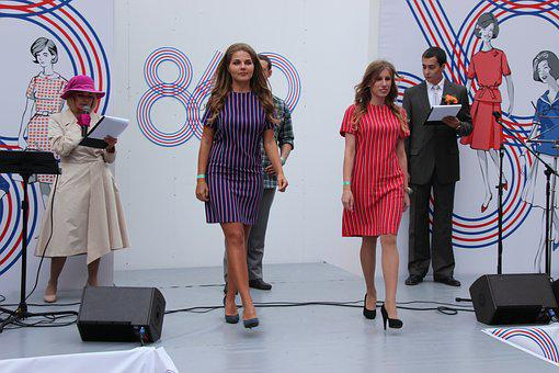 Model, Showing, Fashion Show, Day Of The City, Girl
