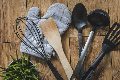 Kitchen, Glove, Plate, Spoon, Wooden, Plastic, And Bowl