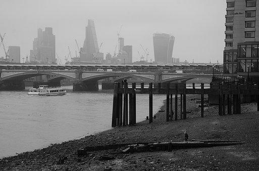 Beach, South Bank, River, Thames, London, Monochrome