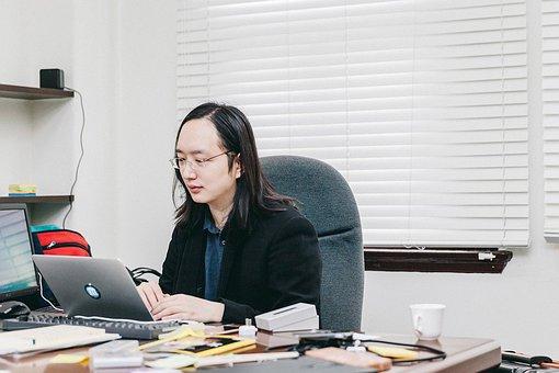 Taiwan, Digital Minister, Audrey Tang, Macbook