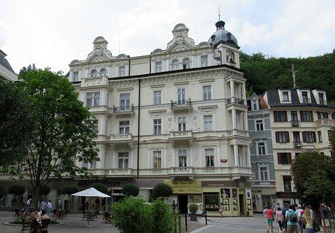 Karlovy Vary, Hotel, Tower