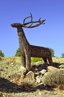 Deer, Sculpture, Dried Reeds Sculpture, Animal