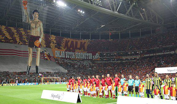 Galatasaray, Fenerbahce, Derby, The Audience