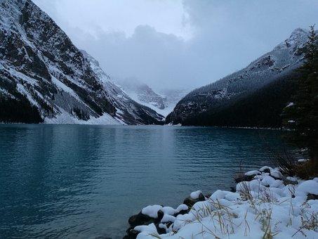 Lake, Louis, Canada