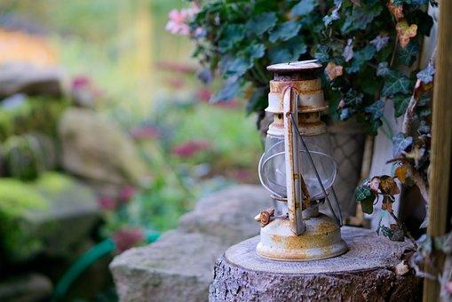 Kerosene Lamp, Lamp, Antique, Light, Lighting, Lantern