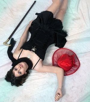 Red Hat, Teenager, Photo Session, Black Dress