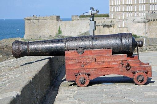 Canon, Ramparts, Castle