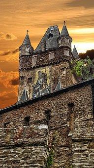 Burg Cochem, History, Rides, Imperial Castle, Castle