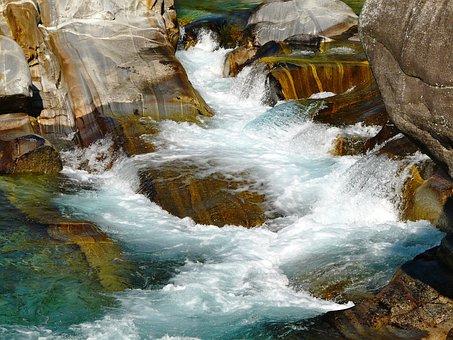 Ticino, White Water, Versacia