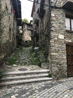 Street, Queralb, People Of High Mountain