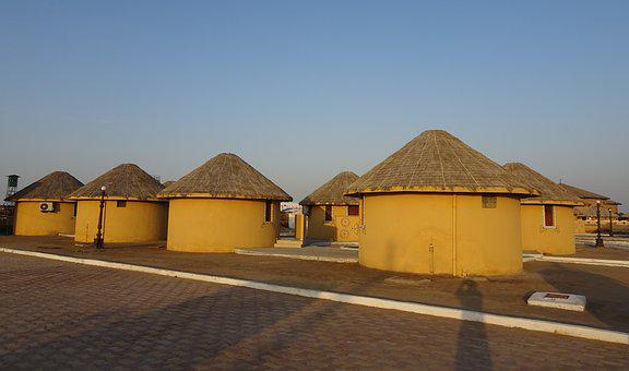 Bhunga, Hut, Circular, Cylindrical, Mud, Thatch