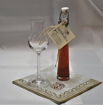 Glass, Liqueur, Napkin, Alcohol, Drink, Benefit From