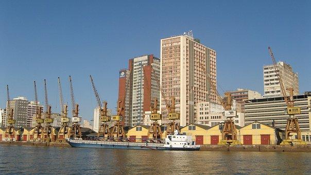 Porto Alegre, Porto, The Banks Of The River
