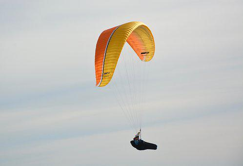Paragliders, Practice In Free Flight, Paramotor, Wind