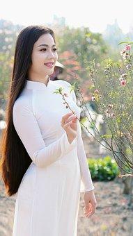 Hot Girl, Daughter Of Vietnam, Vietnam Girl, The Park
