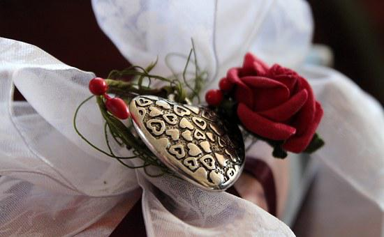 Loop, Gift, Heart, Rose, White, Red, Filigree, Metal