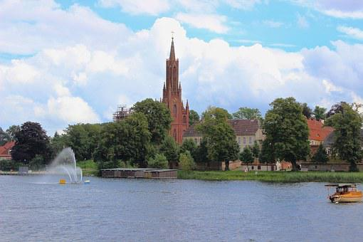 Ludwigslust-parchim, Catholic Church, Church